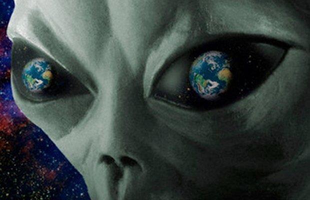 earth-eyed alien